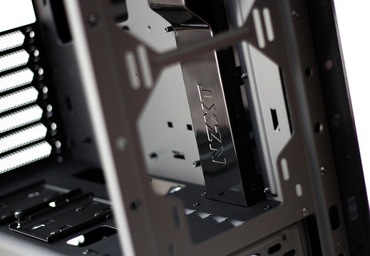 NZXT-by-SS-13